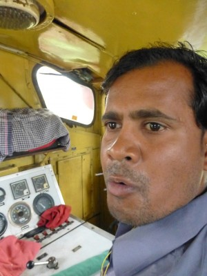 Close-up: Kanhaiyalal Gupta – mobile gatekeeper extraordinary